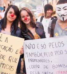 Manifesto em Caratinga