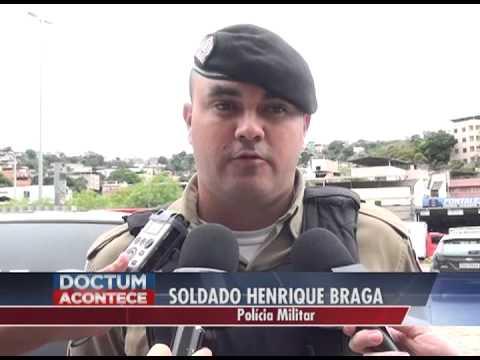 Irmãos são presos acusados de cultivo de maconha no centro de Caratinga