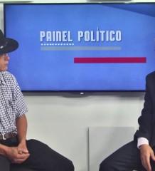 """Confira ao programa completo """"Painel Político"""" com o pré-candidato à prefeitura de Caratinga, Luiz Carlos Vicente """"Van Gogh"""""""