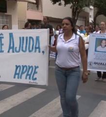 PASSEATA DA APAE ABRE AS COMEMORAÇÕES DA SEMANA NACIONAL DA PESSOA COM DEFICIÊNCIA INTELECTUAL E MÚLTIPLA