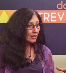 """No programa """"Doctum Entrevista"""", Waneska Lisboa conversou com a Dra. Karen Strier."""