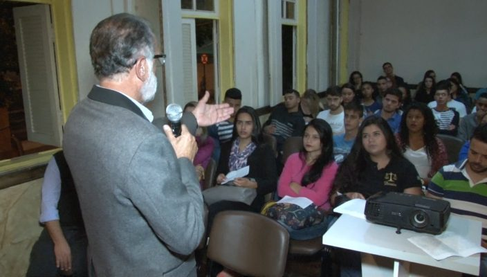 OFF CASARÃO DAS ARTES.00_14_46_00.Quadro006