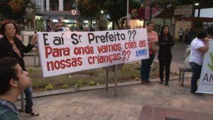 OFF MANIFESTAÇÃO.00_05_53_12.Quadro002