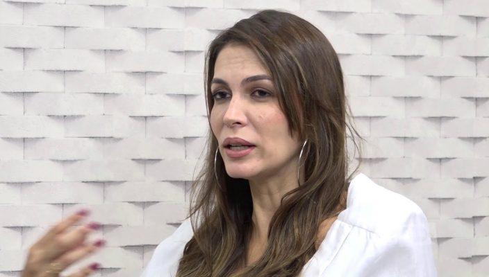 ELEONORA CARVALHO FALA SOBRE A DIFERENÇA ENTRE TRATAMENTO PSICOLÓGICO X PROCESSO DE COACH