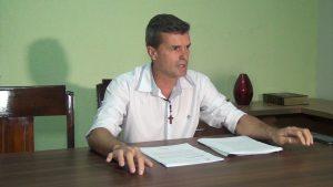 Vereador Mauro César disse que o recurso tem efeito suspensivo automático da cassação, e que por isso, ele continua no cargo.